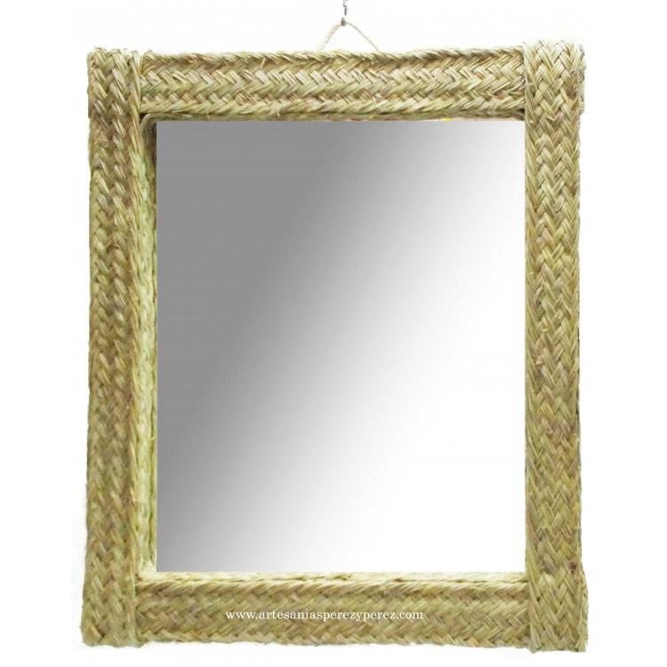 Espejo rectangular hecho a mano en esparto natural