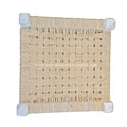 Taburete a la tiza con asiento de sisal natural